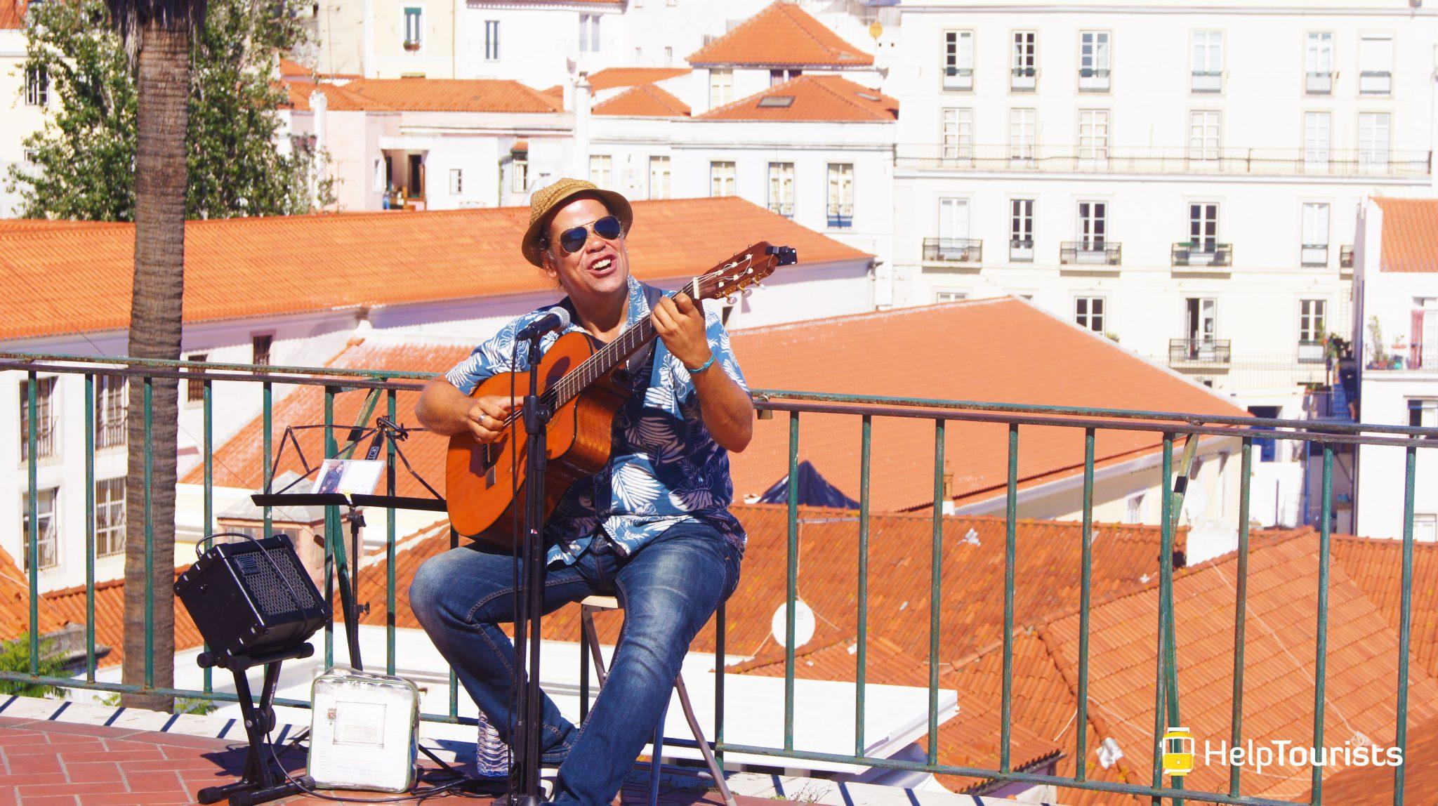 LISSABON_Alfama_Musiker_Fado_Musik_l