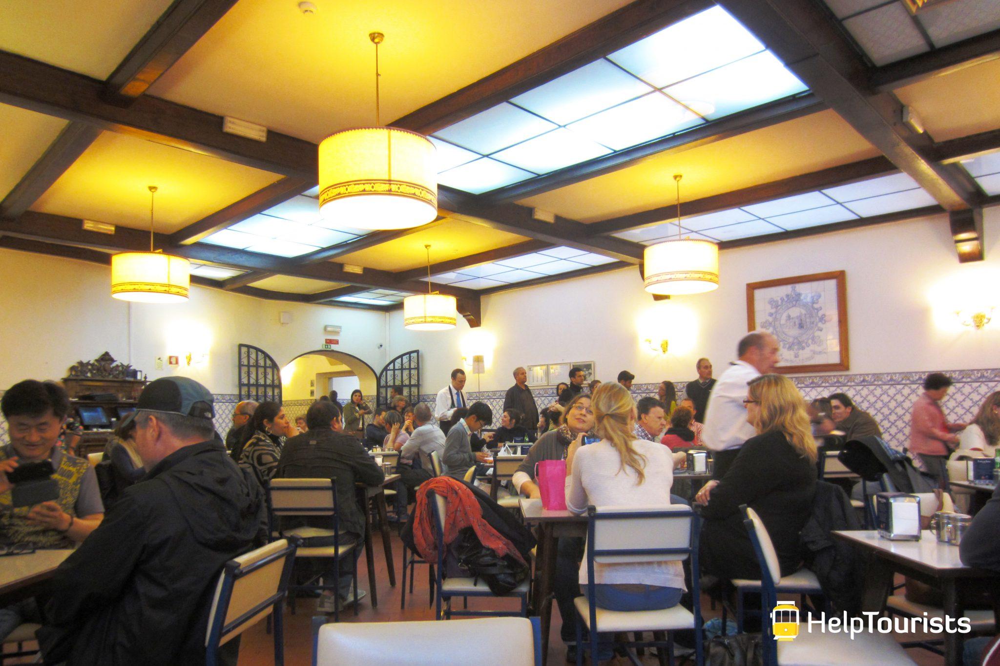 Lissabon_Pasteis-de-Belém_Cafe_Belém_02_l