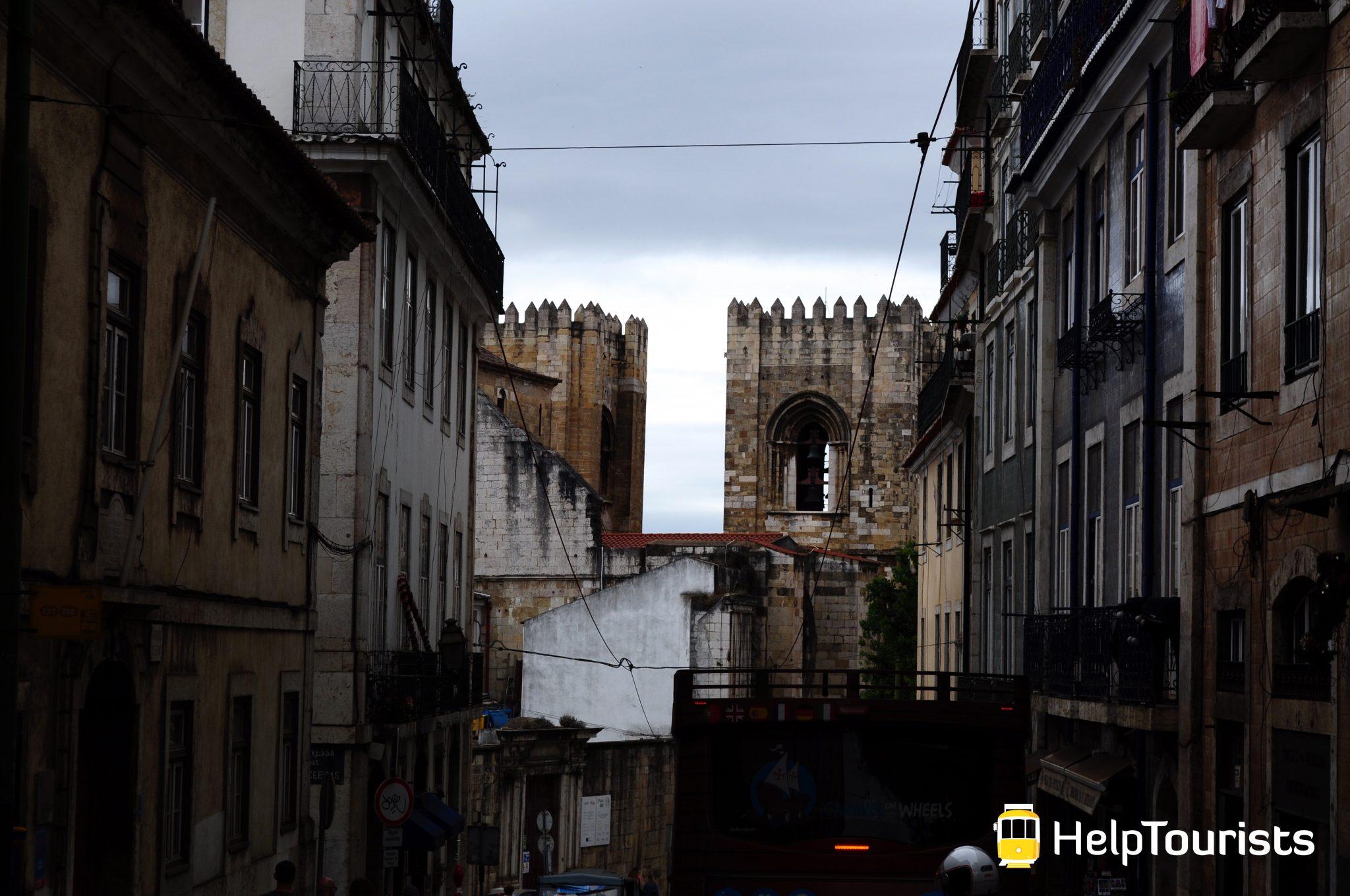 Lissabon Kathedrale Sé Turm