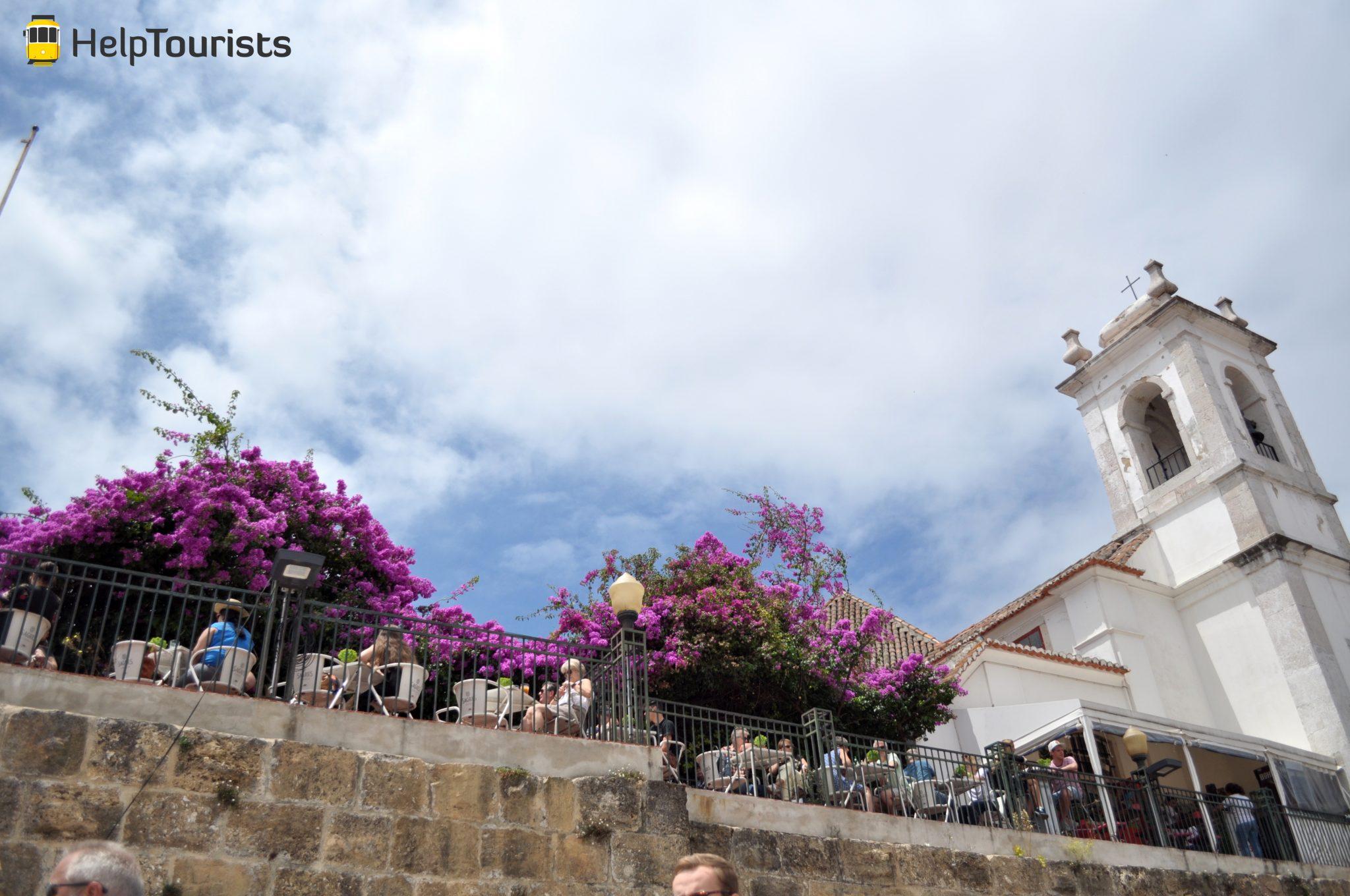 Lissabon Alfama Terrasse Blumen