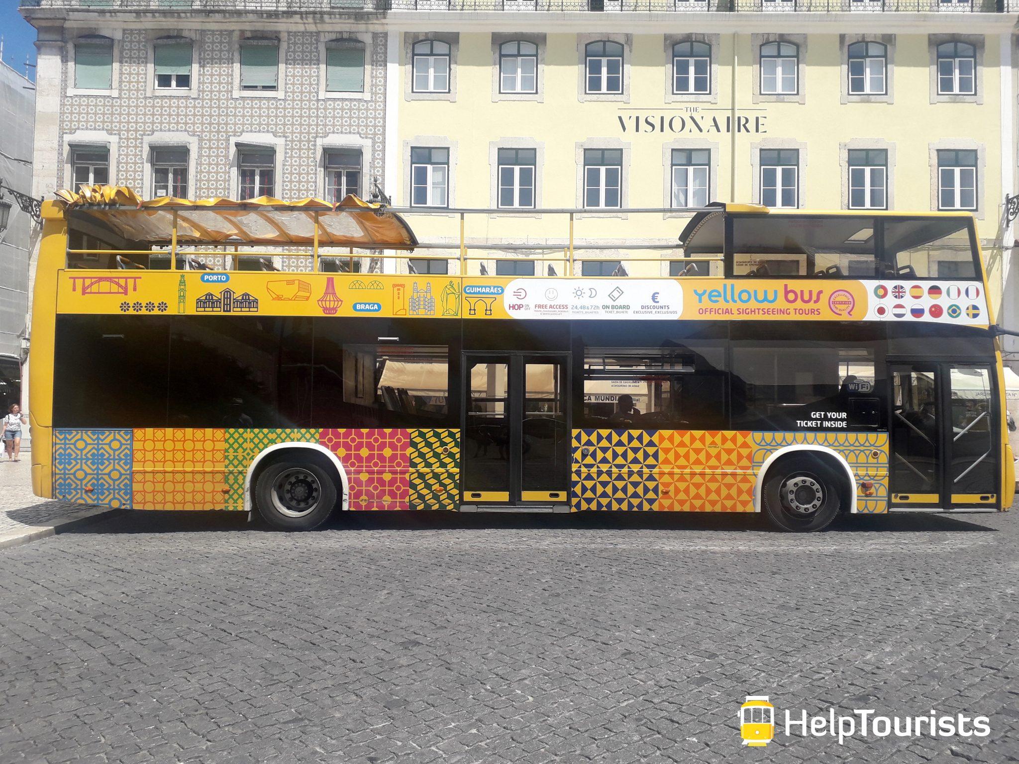 Lisbonne yellow bus hop on hop off