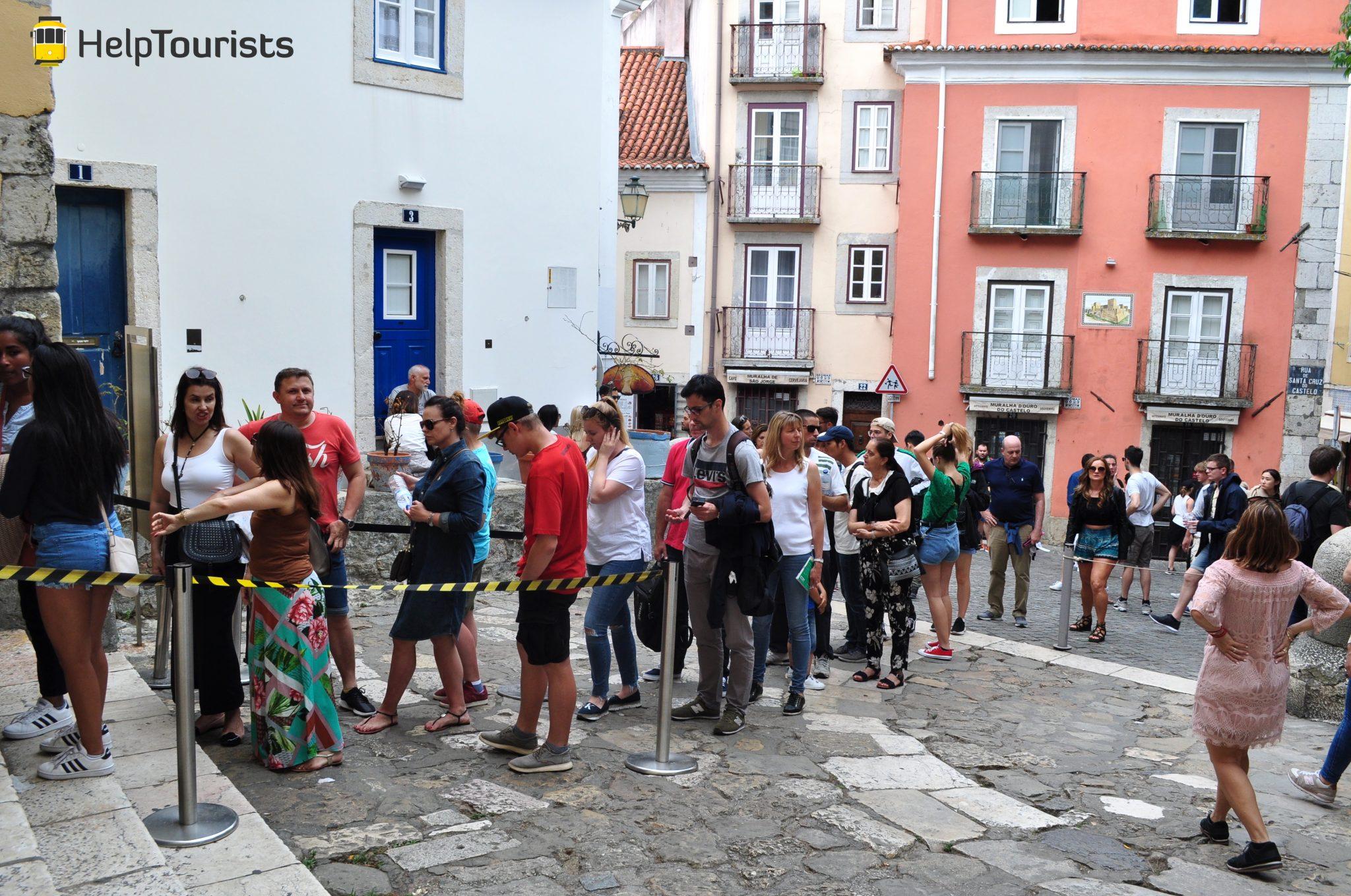 Lissabon castelo de sao jorge warteschlange