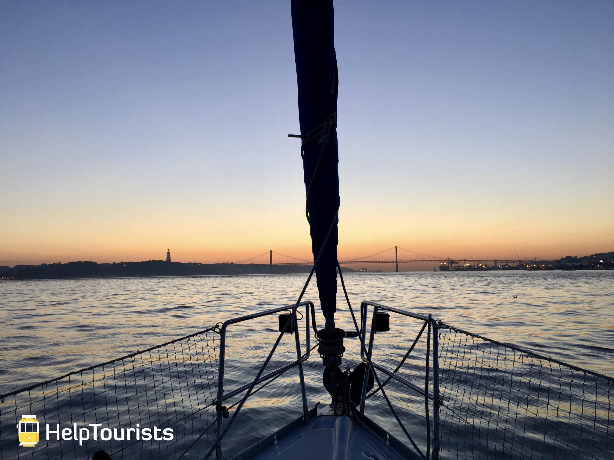 Lissabon Tejo Boot Sonnenuntergang