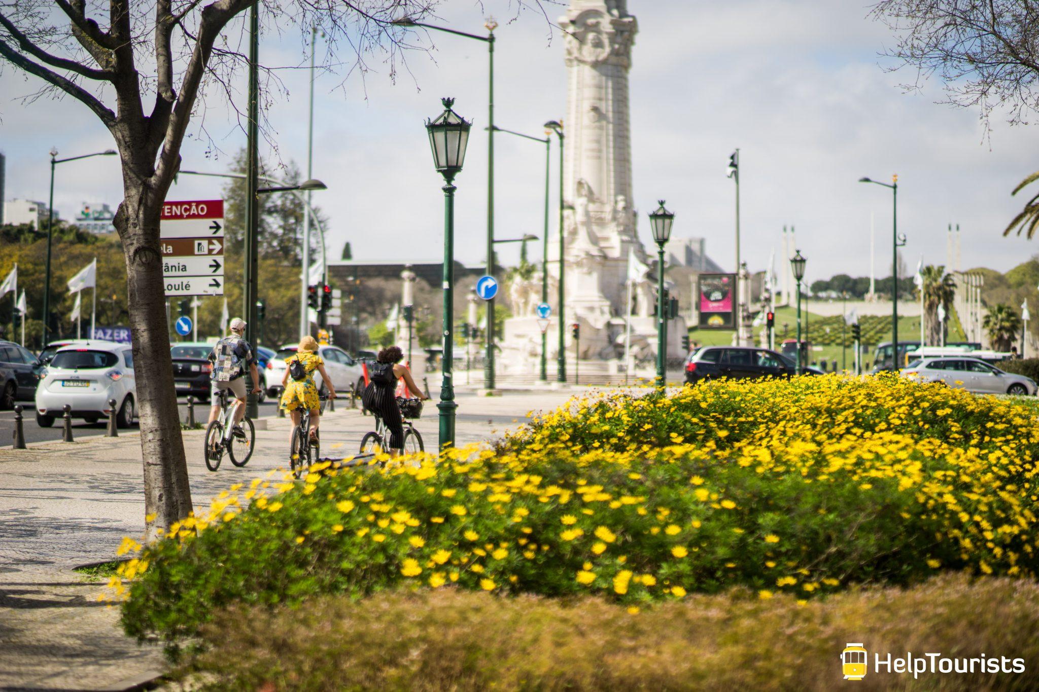 Lissabon_Marques-de-Pombal_Fahrrad_Blumen_Fruehling