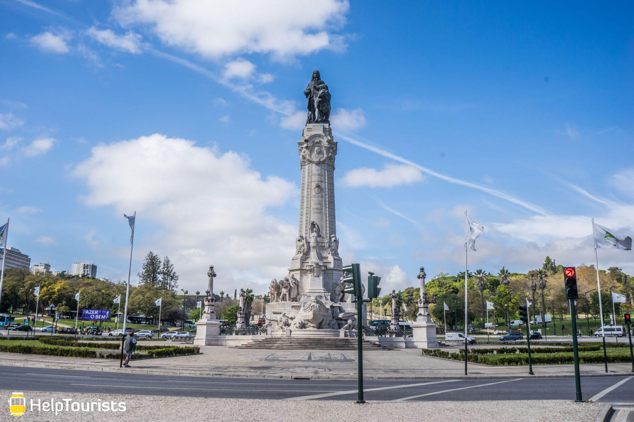 Lissabon_Marques-de-Pombal_Statue_totale