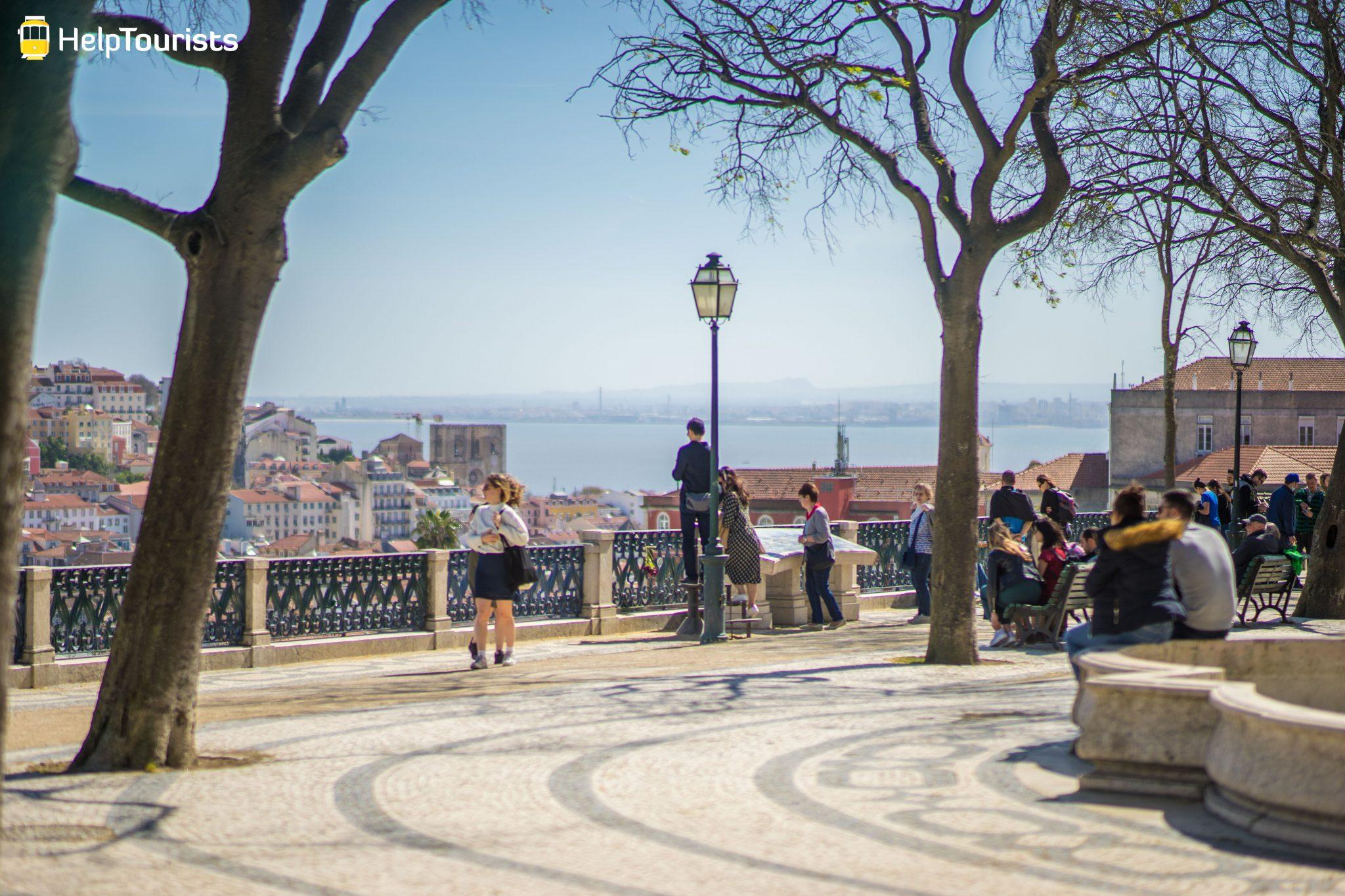 Lissabon_Miradouro-de-Sao-Pedro_03