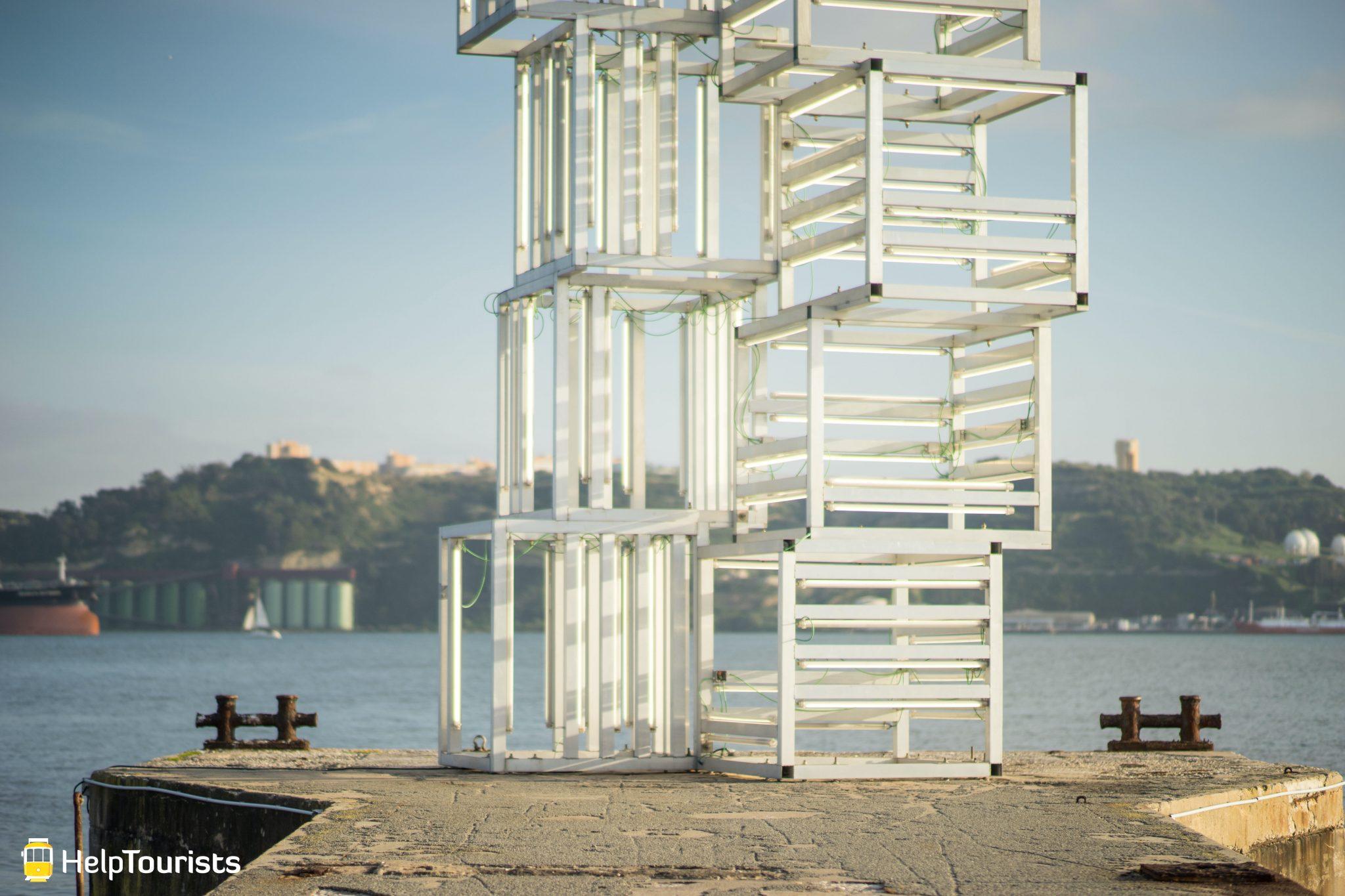 Lissabon_MAAT_Kunst_Ufer_nah