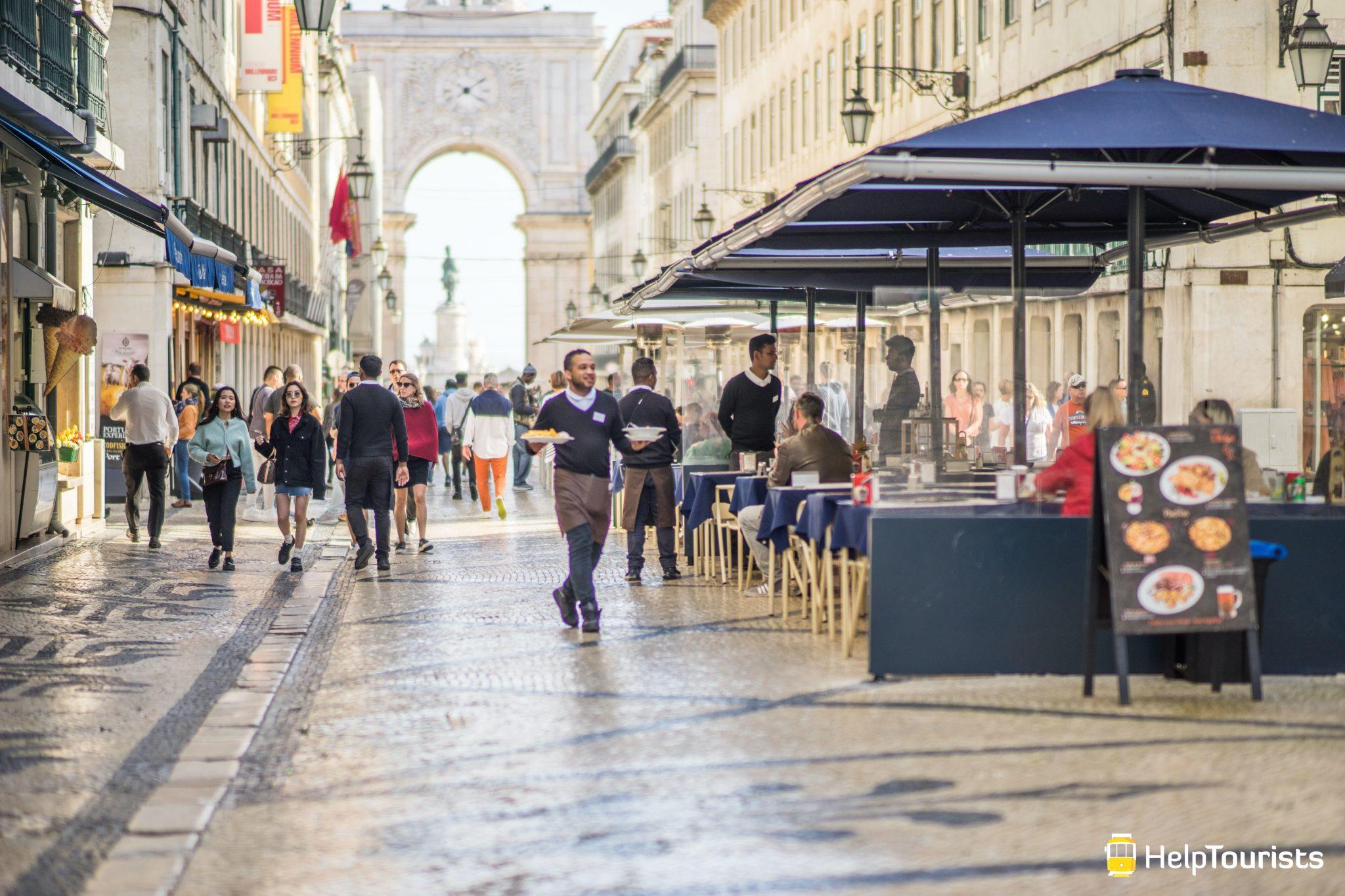 Lissabon_Rua-Augusta_Restaurants_Kellner